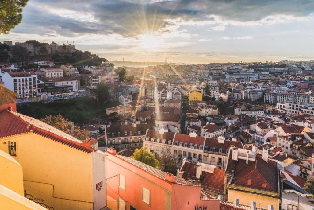 شرایط فعلی اخذ اقامت پرتغال از طریق سرمایهگذاری