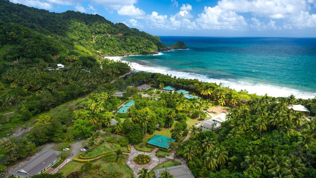 اخذ پاسپورت دومینیکا